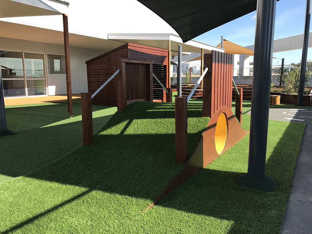 Fort build and astro turf