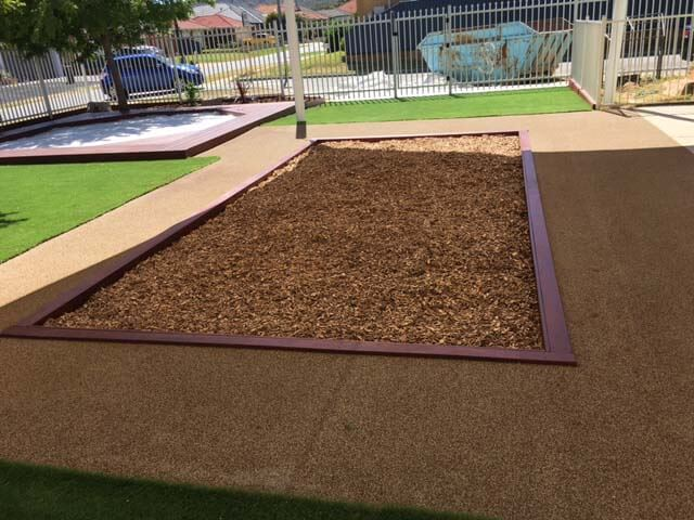 Sand and bark pits top up