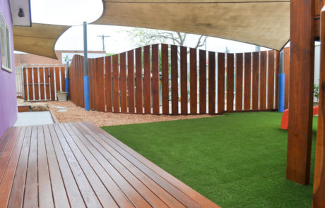 New decking, fence & astroturf - after