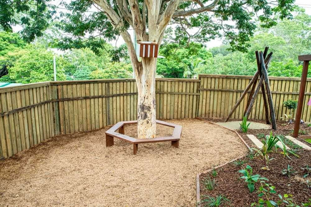 Tarragindi After Edge fencing landscaping