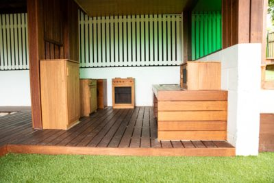 Tarragindi playground mud kitchen deck