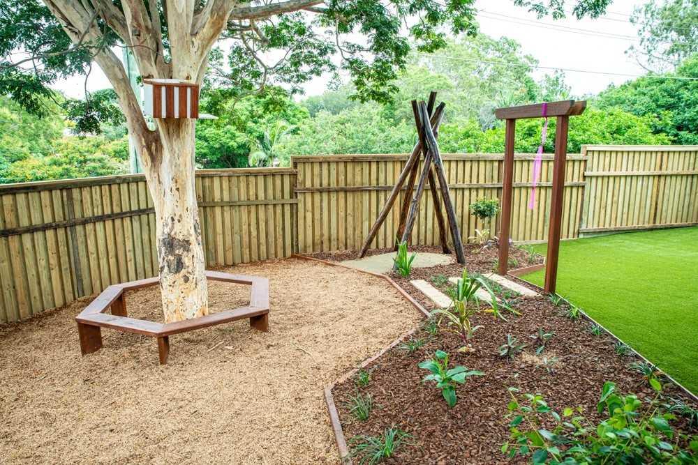 Tarragindi's new playground build