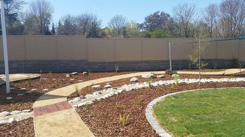 Tarragindi landscaping