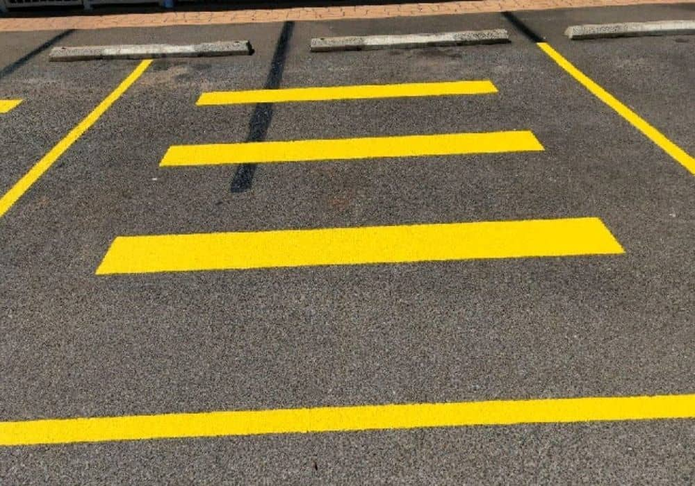 Commercial Painter road and parking markings
