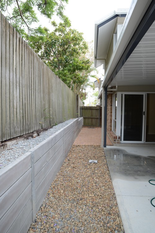 retainer wall and fence