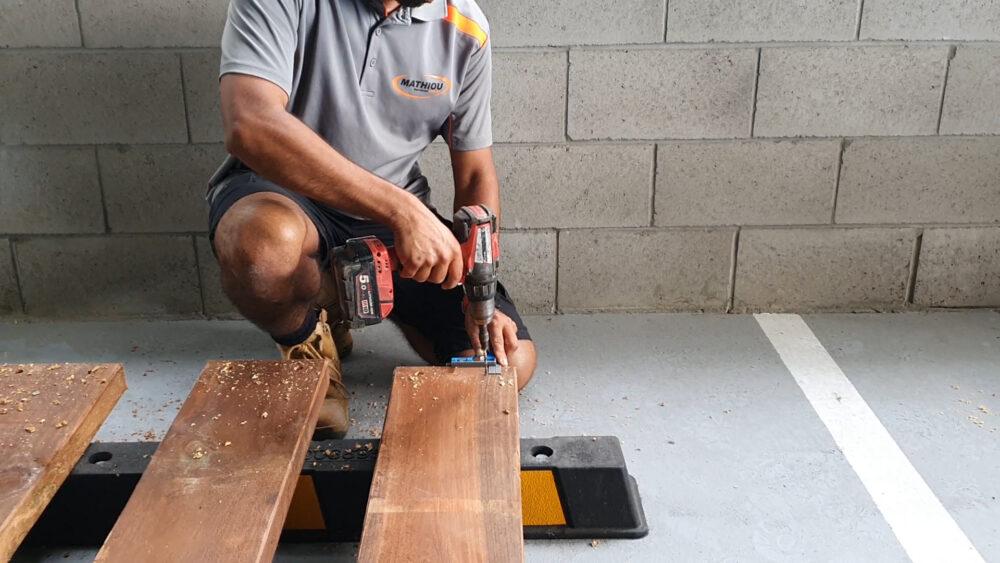 how to build a planter box-step 2 - predrill