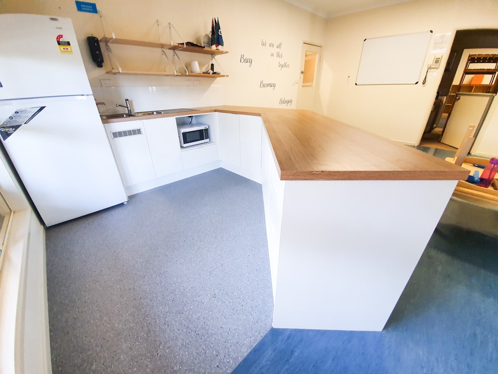 Commercial Kitchen cabinetrty and benchtop install